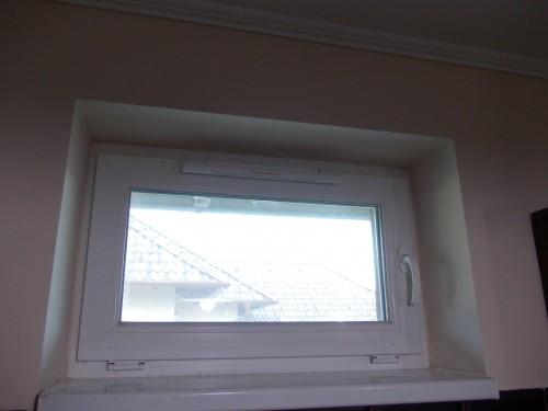 ablakszellőző beépítése